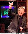 Bush mit Satanszeichen