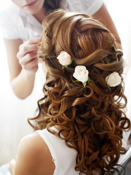 Bruidsmeisjes kapsel