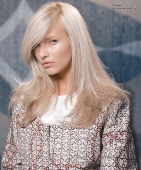 Kapsels grijs blond