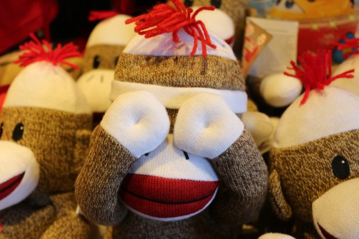 _absolutely_free_photos_original_photos_toy-monkey-hand-covering-face-5184x3456_25485