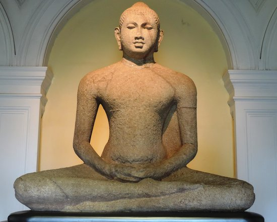 buddha-in-samadhi-pose