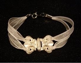 hinge bracelet diy
