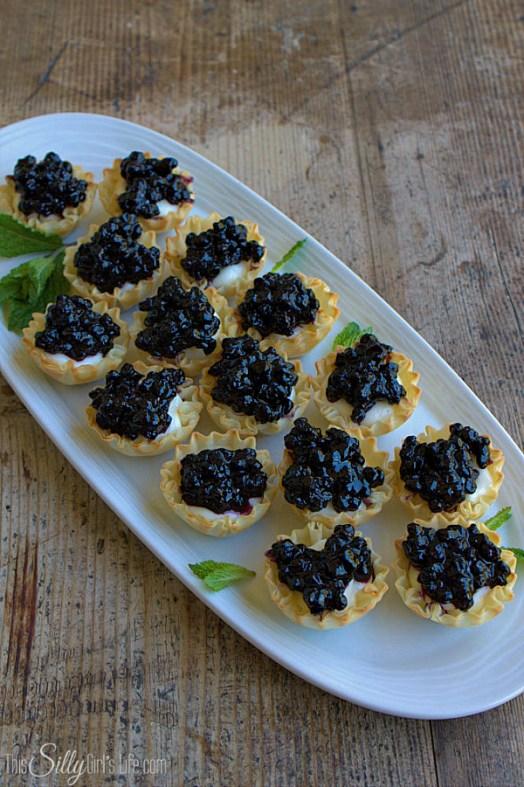 wild blueberry mini cheese cakes