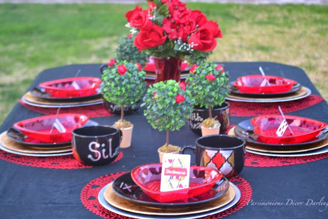 queen of heart tablescape