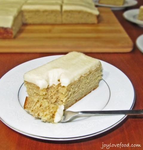 Brown-Sugar-Banana-Snack-Cake