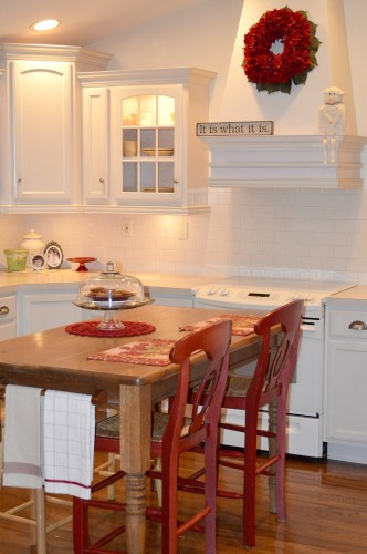 Cottage Kitchen Red and White