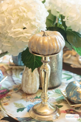 decorating-with-metallics-fall-tablescape