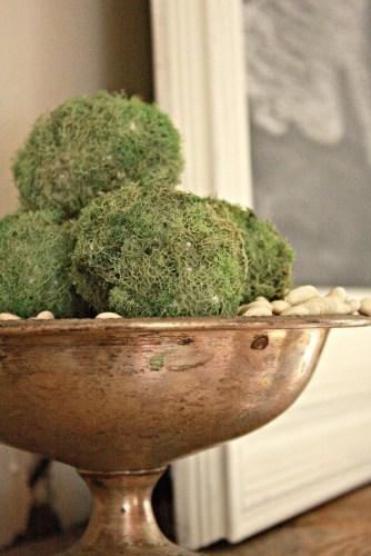 diy moss covered eggs