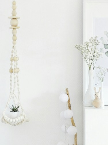 make it monday white on white decorating