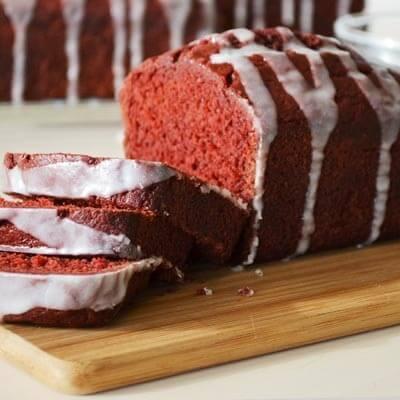 red velvet banana bread