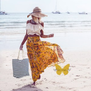 SALE 50% off-This summers must have beach tote
