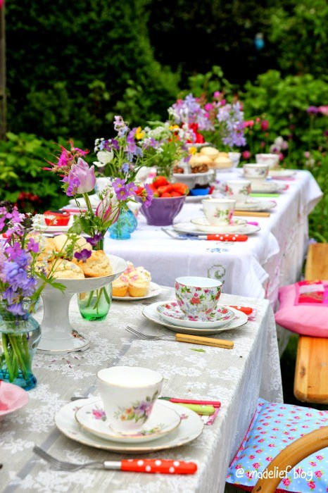 tea time tablescape