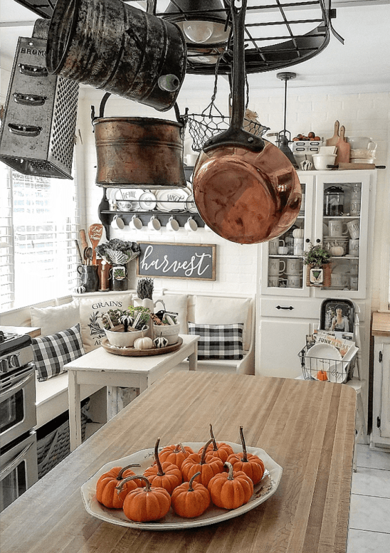 pumpkin thanksgiving kitchen decor