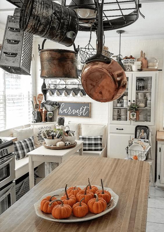 pumpkin thanksgiving kitchen decor