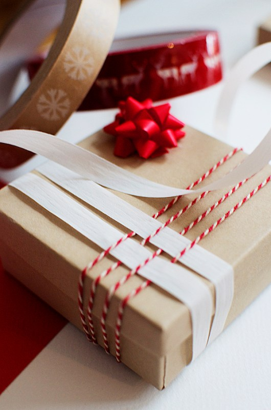 gift wrapping with ribbon and bakers twine