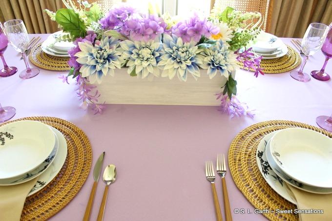 casual pastel tablescape