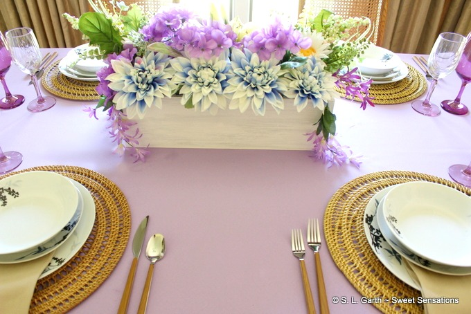 casual pastel tablescape