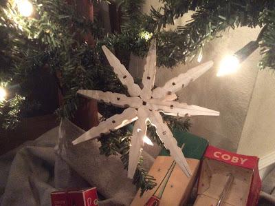 diy snowflake clothespin ornament