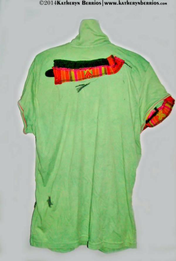 T-shirt Chaski (Linea étnico Vanguardia): Diseño elaborado en algodón, detalles en manto, en lineas cuello , bolsillos canguro parte delantera,mistura en denim , toques en bordado.
