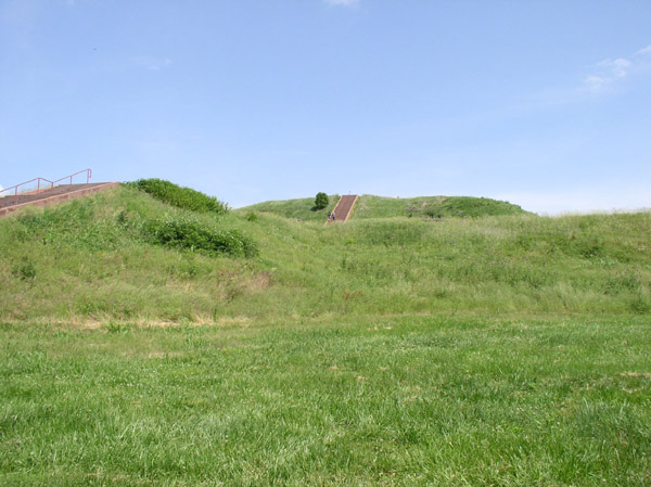 Monks Mound at Cahokia Mounds complex, rising 100' covering an area of 14 acres