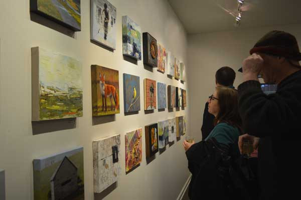 More art and art lovers at Gridworks Reception, photo: Greg Orth