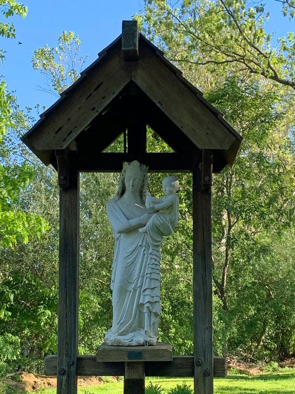 entrance to Tillich Park trail