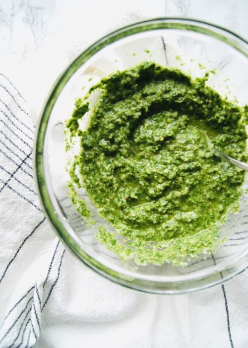 Parsley pesto in a glass bowl