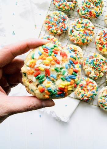 baked-drop-sugar-cookies-with-sprinkles-close-up.