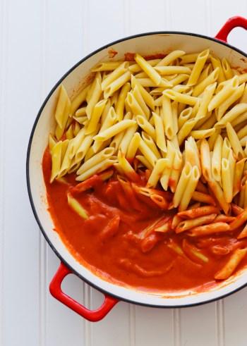 Penne pasta in vegan tomato sauce