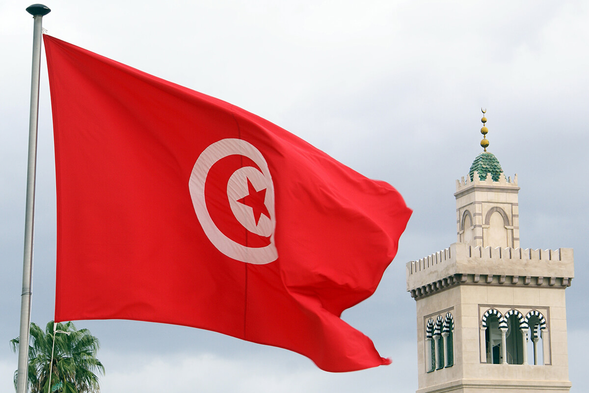 Tunisia deploys army as violent protests intensify