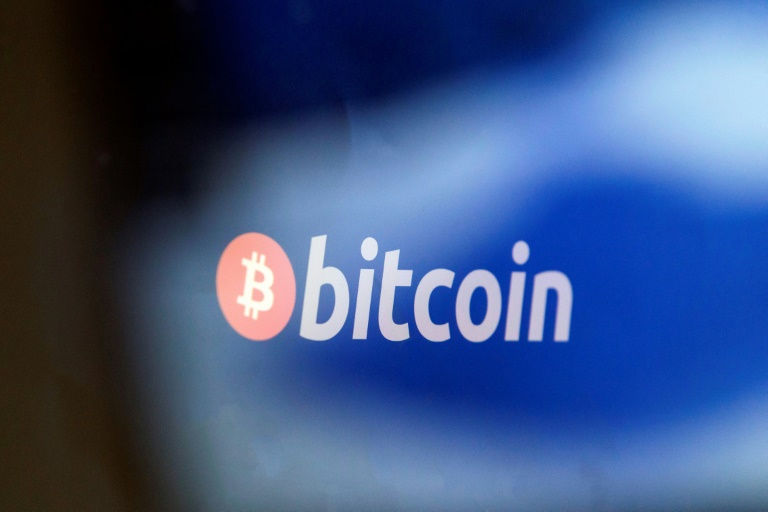 BIS Chief Slams Bitcoin As Ponzi Scheme and Threat to Central Banks
