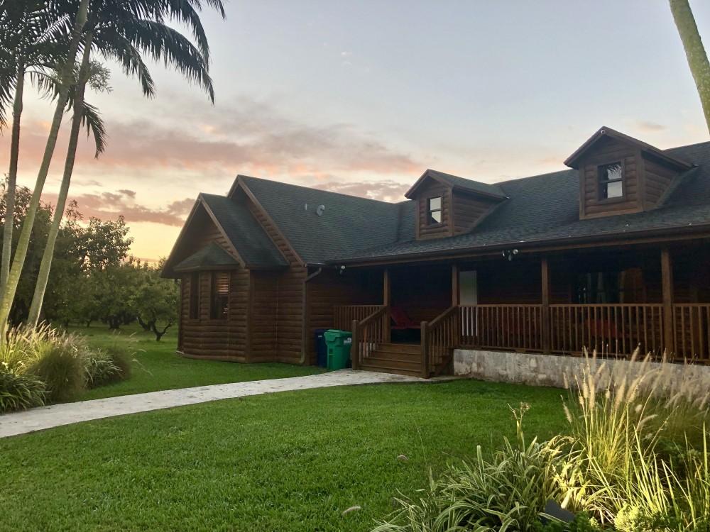 Redlands Cabin in Homestead, Florida