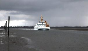 ferry-771446_1920-moerschy-pixa