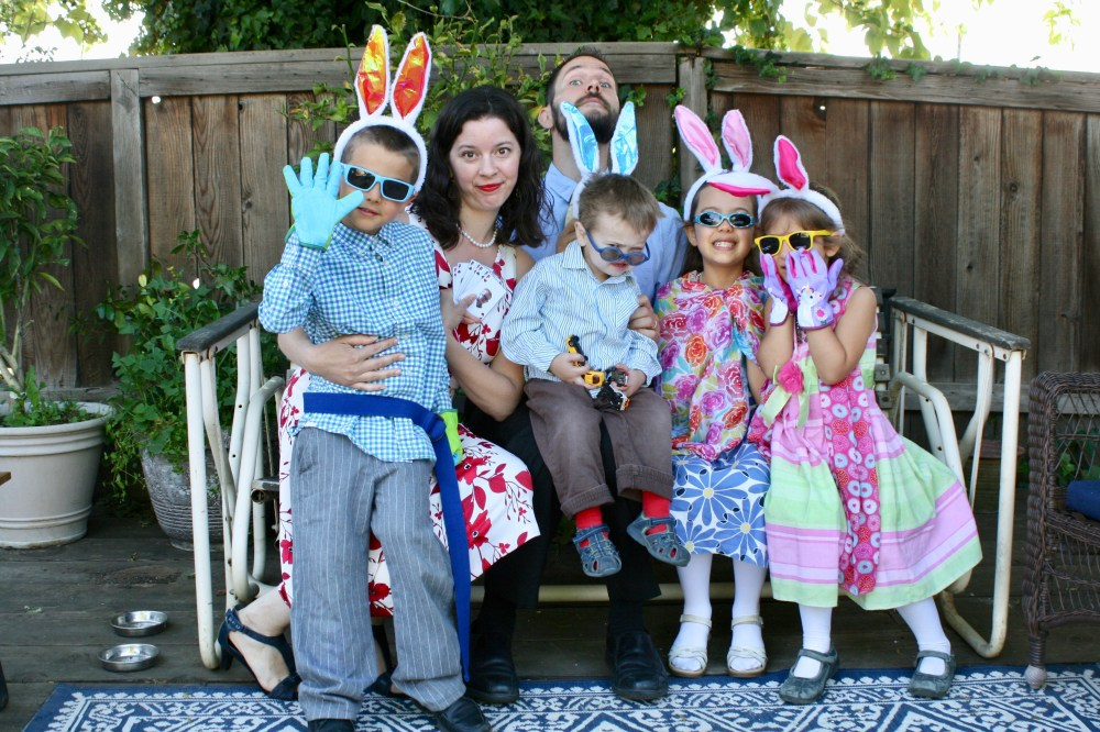 Photo of the six members of the Casey family on Easter