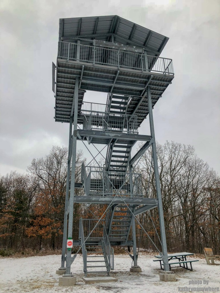 Observation Tower at Sager Conservation Area Trail hike #sagerconservationarea #womenwhohike #wanderlust #getoutstayout #letsgosomewhere #exploretocreate #kidswhohike #theoutbound #thosewhostray #traveldeeper #observationtower #neverstopexploring #exploreclub #conservationarea #sagerconservation #yourstodiscover #discoverON #kidswhoexplore