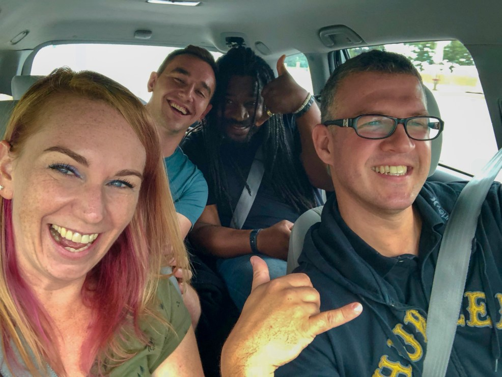 Founding members of Toronto Bloggers Collective driving to Corning, New York #TBEX #myFLXtbex #wanderingwagars #rudderlesstravel #Kathrynanywhere #travelingMitch #roadtrip #travelbloggers
