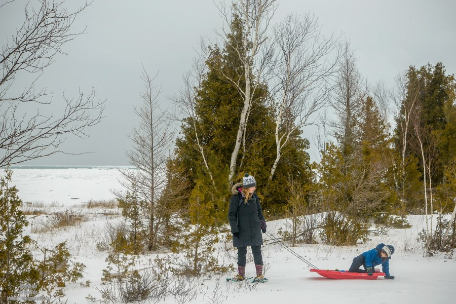 PHOTO BY BRIAN TAO, LUXOGRAPHY 2019 20 Photos That Will Inspire You To Snowshoe at MacGregor Point Provincial Park #FindYourSelfHere #OntarioParks #YoursToDiscover #DiscoverOntario #DiscoverON #Snowshoe #MacGregorPoint #ProvincialPark #MacGregorProvincialPark