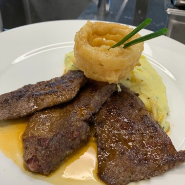 Lamb Liver escalopes with Onion Rings & Garlic Mash & Onion Rings