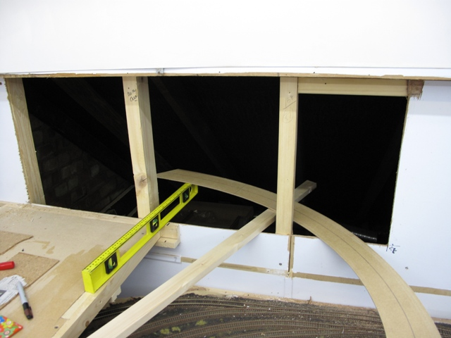 Helix template in eaves