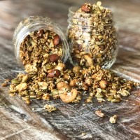 'Everything Bagel' Granola