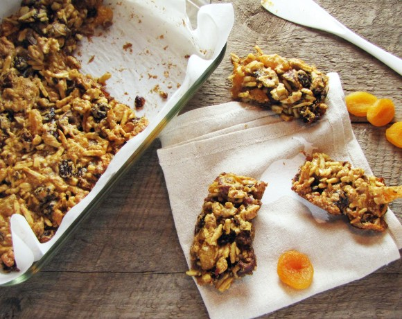 Greatist Collaboration: Fruit and Nut Bars