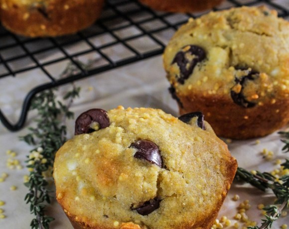 Monthly Fitness Goals: January // Gluten-Free Olive-and-Feta Corn Muffins