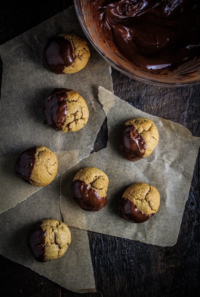 Chocolate-Dipped Almond Butter Cookie Bites {Katie at the Kitchen Door} #healthy #recipe