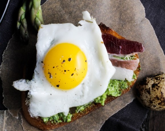 An Easter Appetizer // Duck Fat Toasts with Quail Eggs and Asparagus Pesto