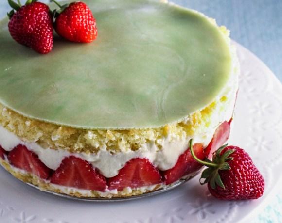 Ingredient of the Week: Strawberries // Un Fraisier
