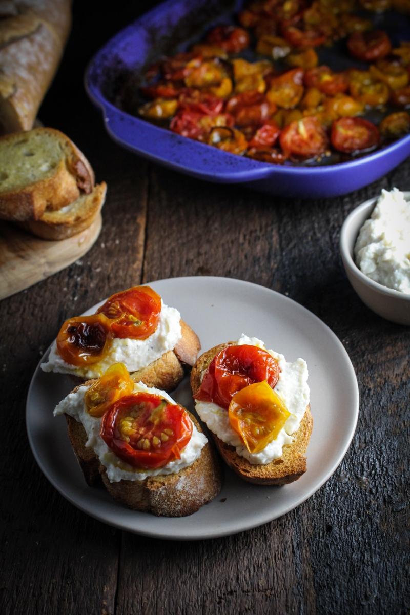 Maple-Roasted Cherry Tomato, Roasted Garlic and Ricotta Crostini {Katie at the Kitchen Door}