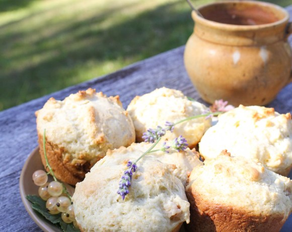 Lavender and White Currant Muffins