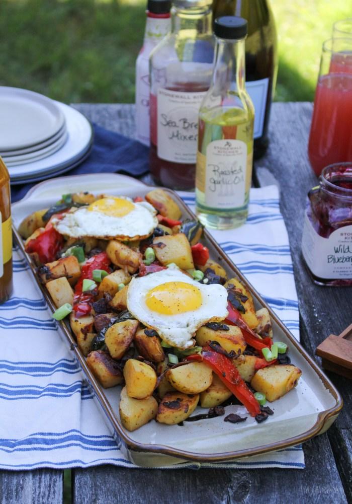 Smoky Roasted Garlic Potato Hash {Katie at the Kitchen Door} #ad