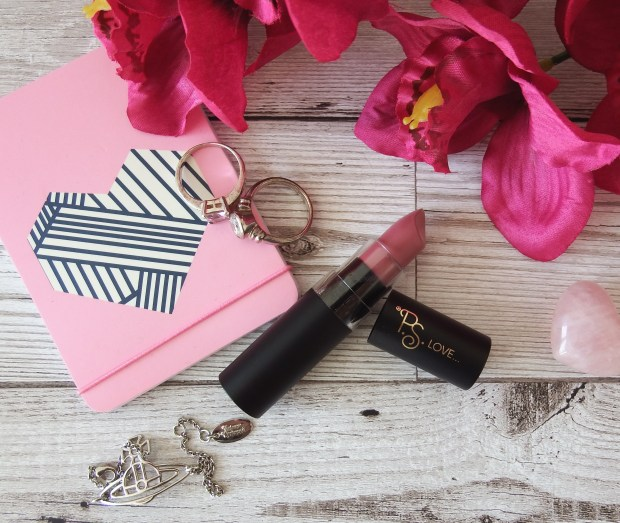 Primark PS Love makeup - Lipstick review and swatches