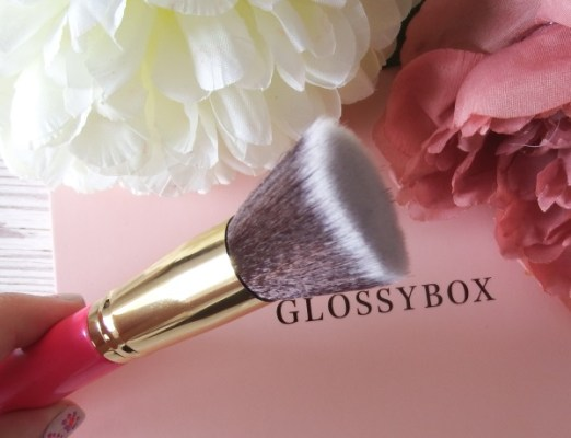 July 2016 Glossybox Review and Unboxing Blank Canvas F20 Flat Brush July Glossybox